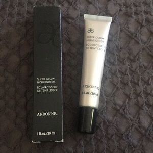 Arbonne Sheer Glow Highlighter new in box